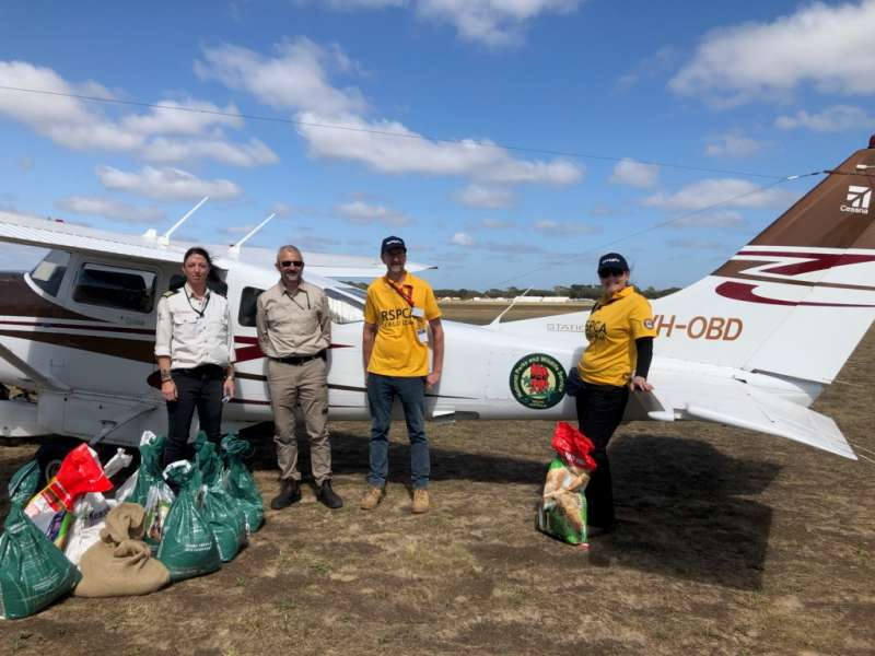 First aerial food drop for Kangaroo Island wildlife