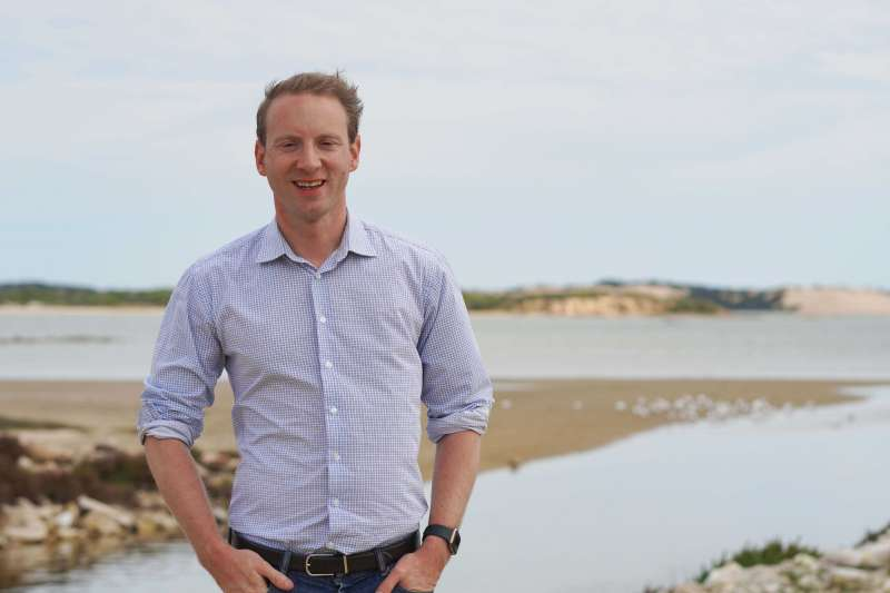 Coorong community celebrates 10 years of flows