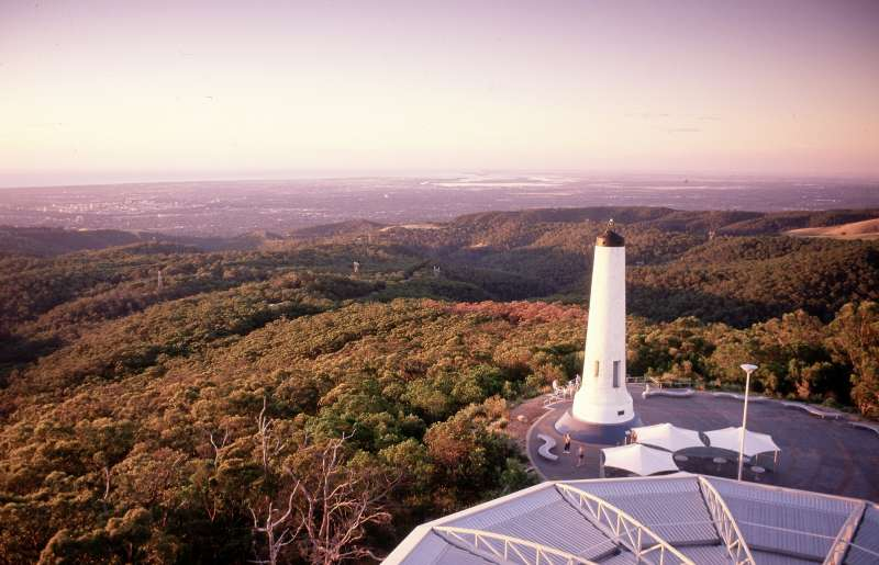Mt Lofty Summit trail open again to weekday walkers
