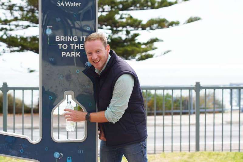 New fleet of fountains helps SA's fight against plastic